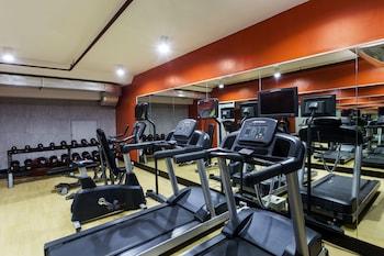 B HOTEL QUEZON CITY Fitness Facility