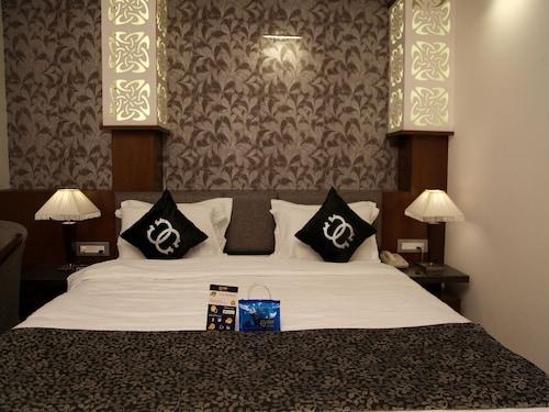 OYO 2255 Hotel Costa River, Varanasi