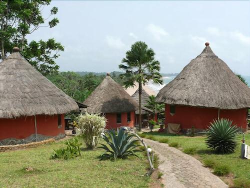Axim Beach Resort, Nzema East