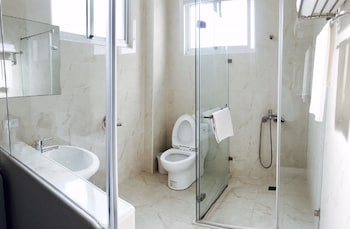 Sapu House Hotel Siziwan Kaohsiung - Bathroom  - #0