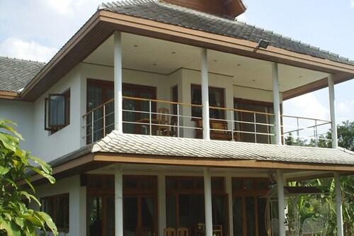. Ban Rim Nam Riverside Resort