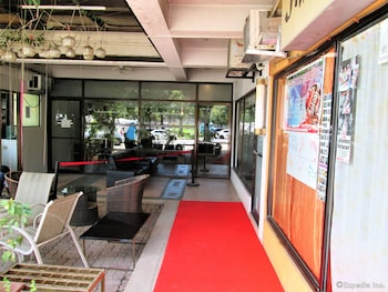 Stonestown Suites - Hotel Interior  - #0