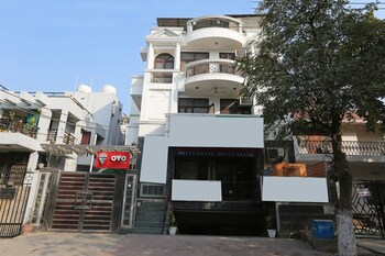 OYO 2173 Hotel 19 BVM - Hotel Front  - #0