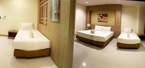 OMG Hotel, Muang Khon Kaen