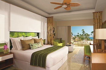 Junior Suite Partial Ocean View King (resort Access To Breathless Punta Cana