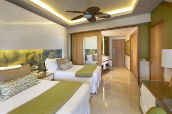 Premium Jr. Suite Tropical View Two Queen (resort Access To Breathless Punta Cana)