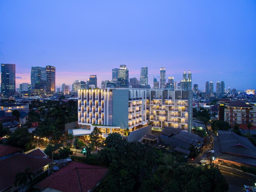 Ayaka Suites | Jakarta | Qantas Hotels Australia