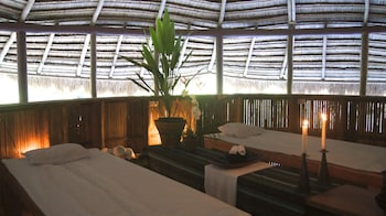 ATREMARU JUNGLE RETREAT Spa Treatment