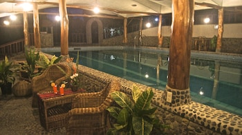 ATREMARU JUNGLE RETREAT Indoor Pool