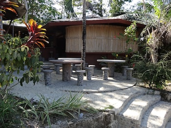 ATREMARU JUNGLE RETREAT Property Grounds