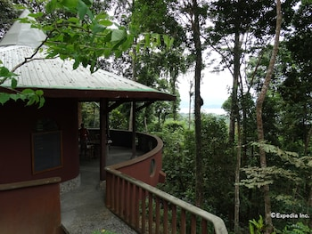 ATREMARU JUNGLE RETREAT Balcony