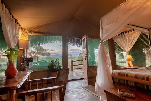 . Kibo Safari Camp
