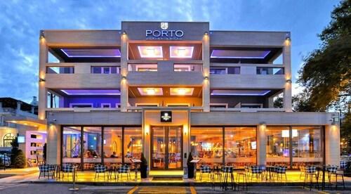 . Porto Marine Hotel
