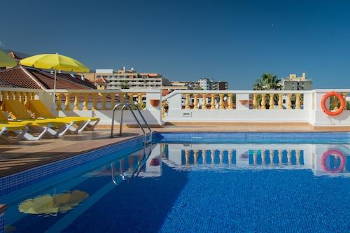 Club Tarahal, Santa Cruz de Tenerife