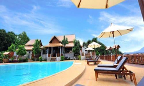 . Arawan Riverside Hotel