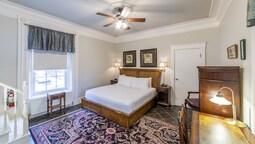 Chipman Hill Suites on Union