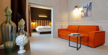 Hotel - Fifty House Cellini