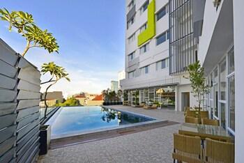 Hotel - Whiz Prime Hotel Hasanuddin Makassar