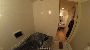 HOTEL CACHE - ADULTS ONLY Bathroom