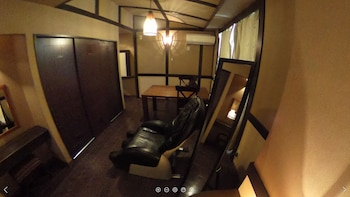 HOTEL CACHE - ADULTS ONLY Living Area