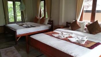 パーイ ラブ & バーン チョン パオ リゾート