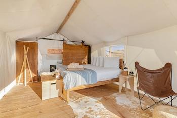 Deluxe Tent - Private Bath