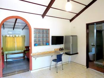 ALONALAND RESORT APARTELLE Living Area