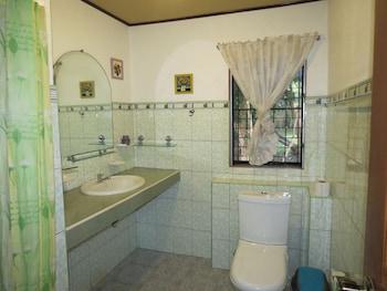 ALONALAND RESORT APARTELLE Bathroom