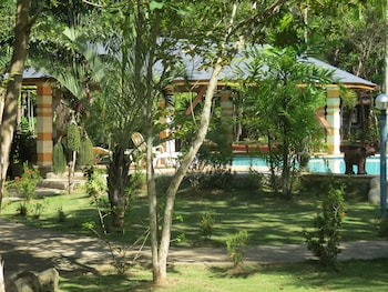 ALONALAND RESORT APARTELLE Garden