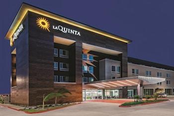 麥卡倫會議中心拉昆塔套房飯店