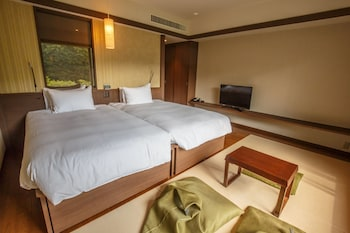 Premier Japanese Western Room with Private Partially Open Air Bath