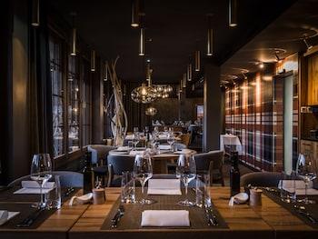 HUUS Gstaad - Restaurant  - #0