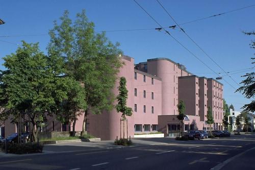 . Youth Hostel Zurich