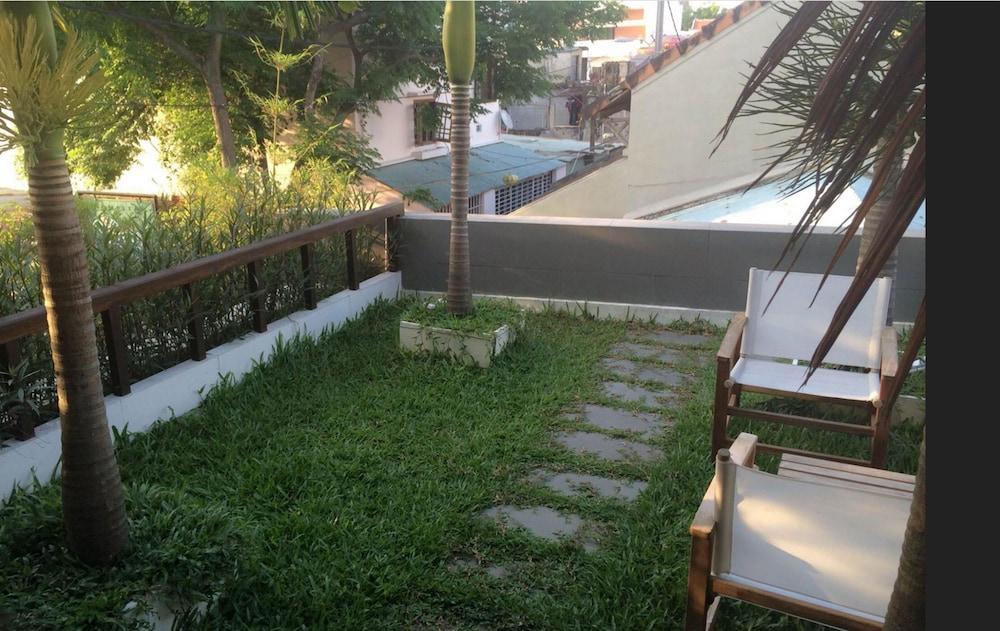 ハンギング ガーデン ホイアン