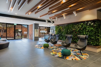 Lobby Sitting Area at Mantra Richmont Hotel in Spring Hill