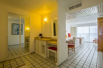 Park Royal Puerto Vallarta All Inclusive Family Beach Resort - Bathroom  - #0