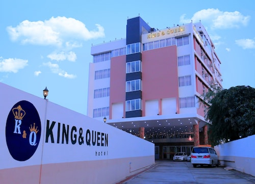 King & Queen Hotel, Monywa