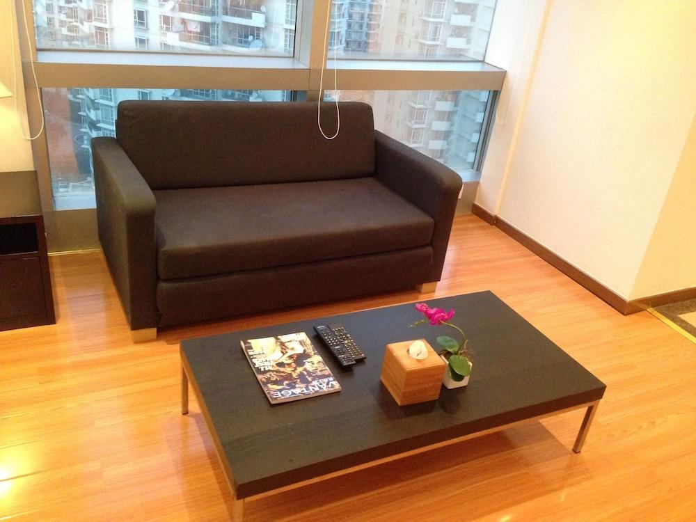アクアスペース トムソン サービスド アパートメント (上海潮域酒店式公寓 - 汤臣中心)