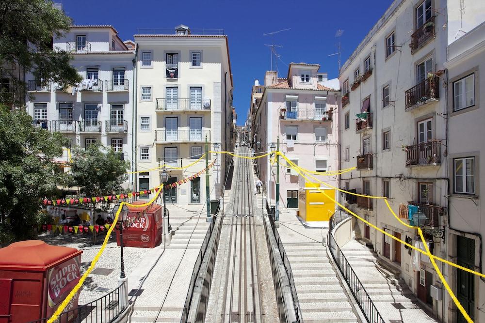 Featured Image Ascensor Da Bica Lisbon Serviced Apartments