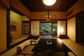 本館 8畳 和室|松田屋ホテル
