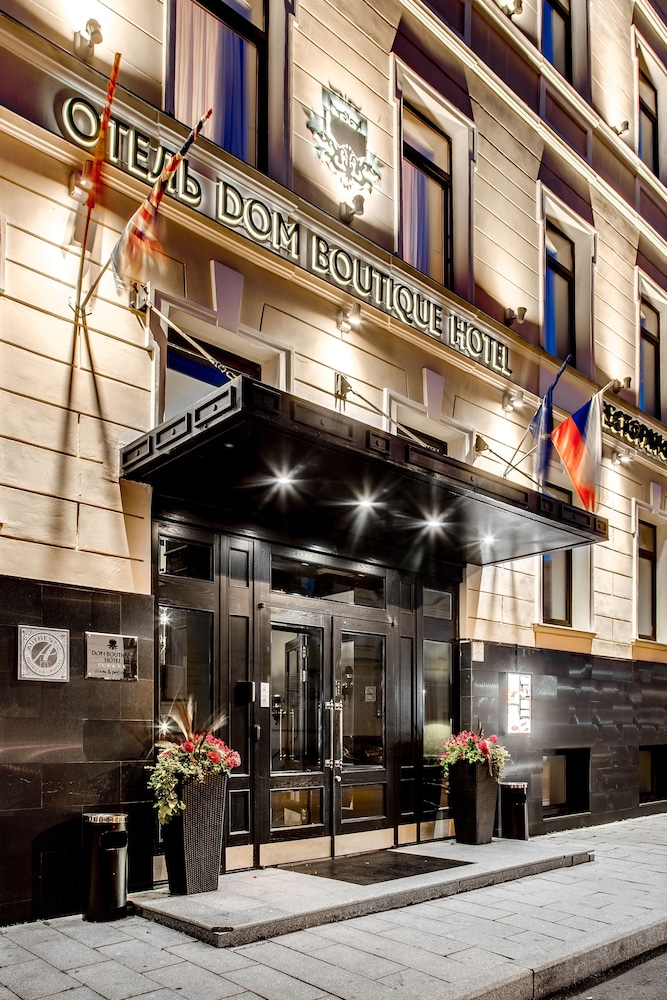 https://i.travelapi.com/hotels/15000000/15000000/14997100/14997091/0a58a798_z.jpg