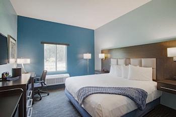 Guestroom at Iris Garden Inn in Garden City