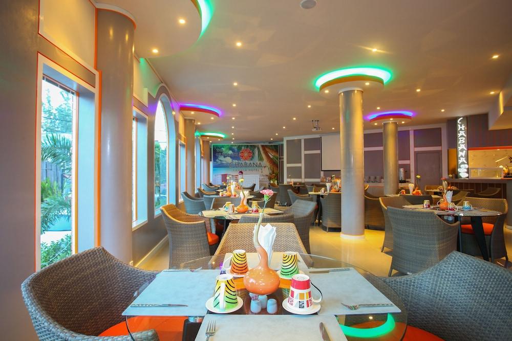 https://i.travelapi.com/hotels/16000000/15010000/15005000/15004933/5e0a3b7f_z.jpg