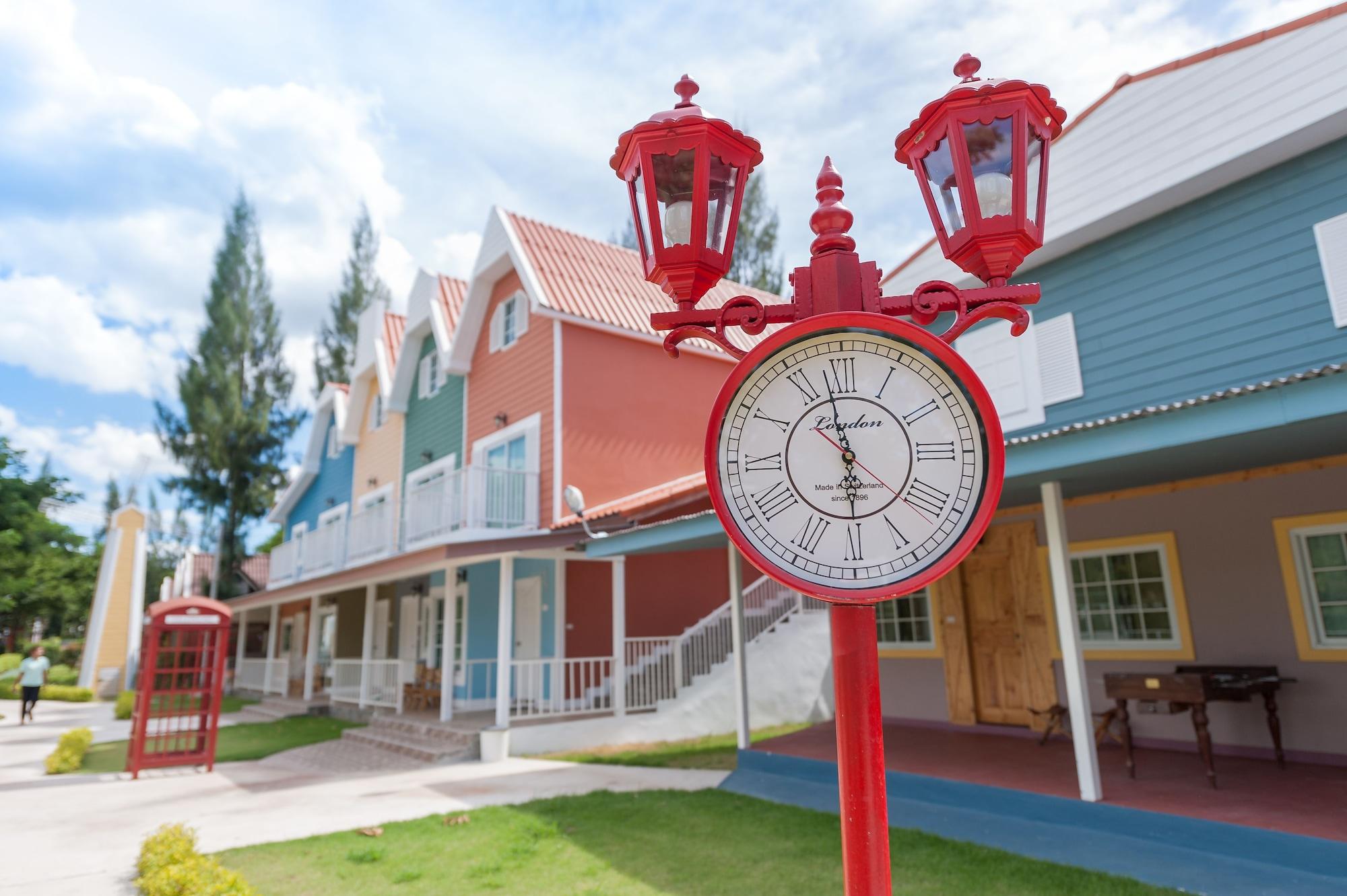 Belmont Village, Pak Chong