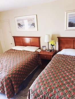Guestroom at The Atlantic Hotel in Myrtle Beach