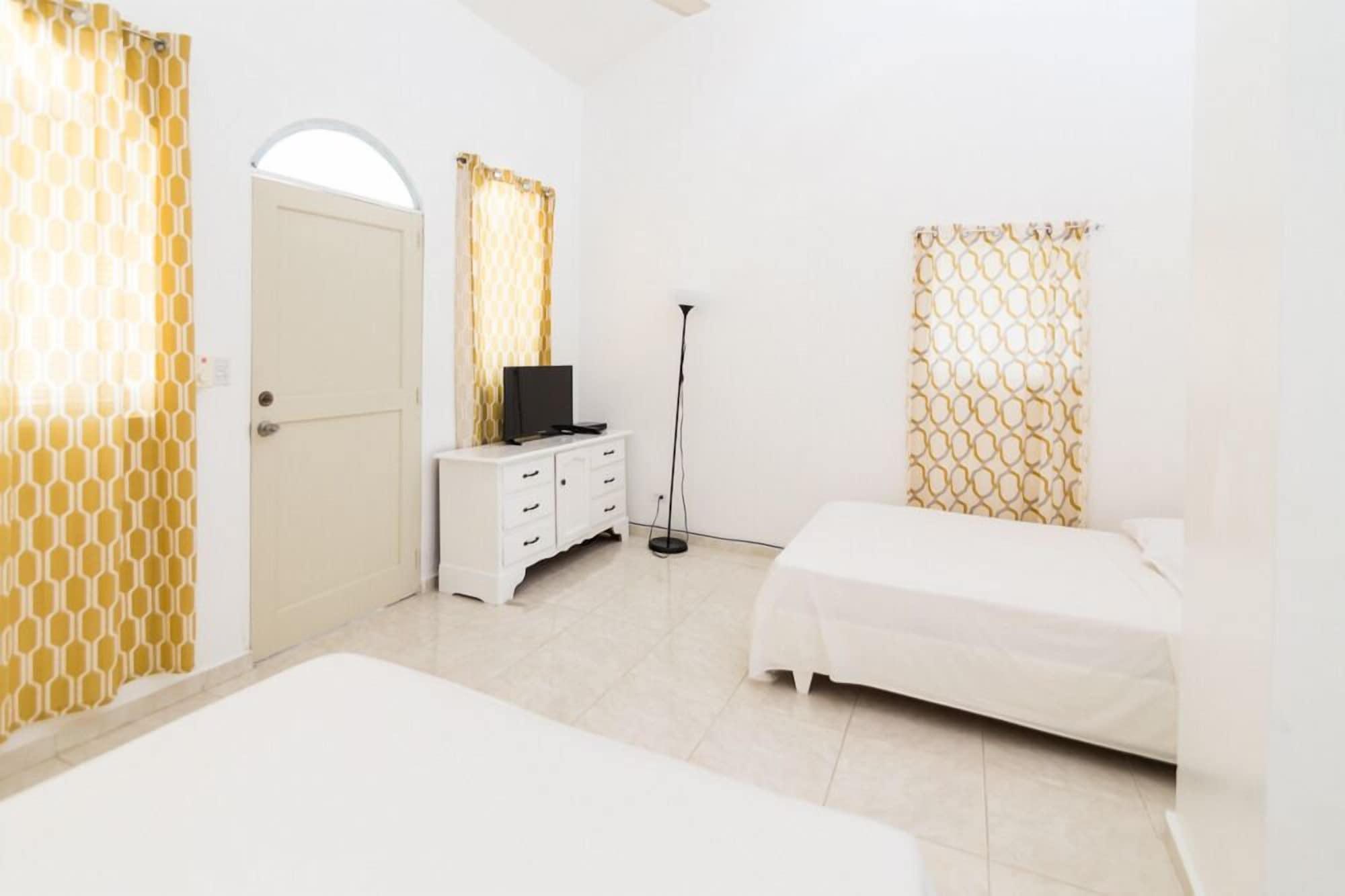 Northway's Hotel Monte Cristo, Sosua