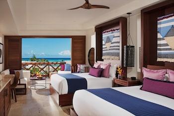 Junior Suite Ocean View Double Beds