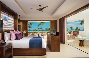 Preferred Club Master Suite Plunge Pool Ocean Front King