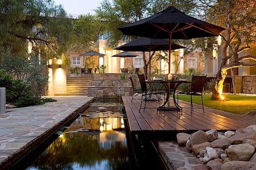 The Village Courtyard Suites, Windhoek East