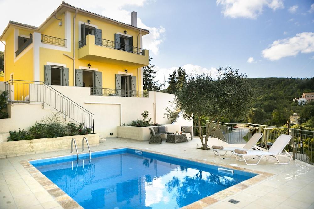 Villa Isalos